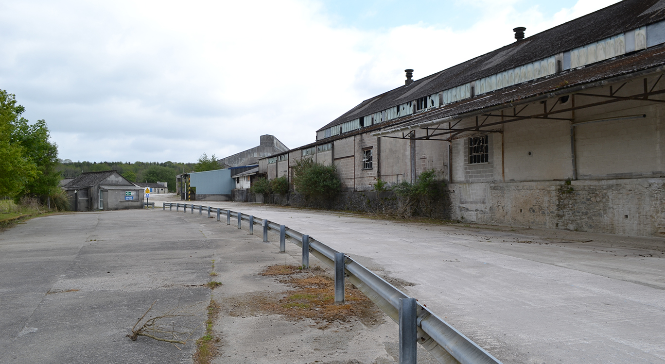 A former clay drying facility in Plymouth is to make way for 550 new homes